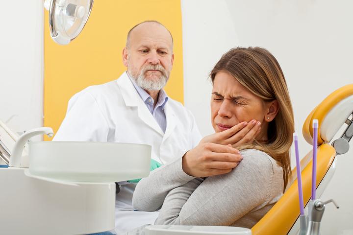 نصائح لتتجنب التهاب اللثه ومعالجة مشاكلها؟