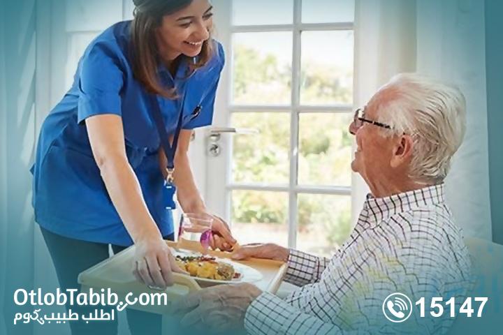 تمريض رعاية المسنين وكيفية التعامل مع المسنين بشكل آمن ومحترف