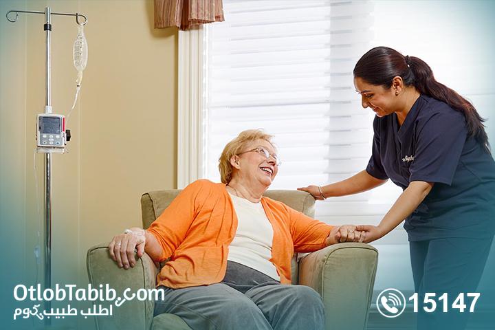 لماذا تستعين بـ متخصص في كيفية رعاية المسنين؟ 5 أسباب لطلبك لخدمة رعاية المسنين