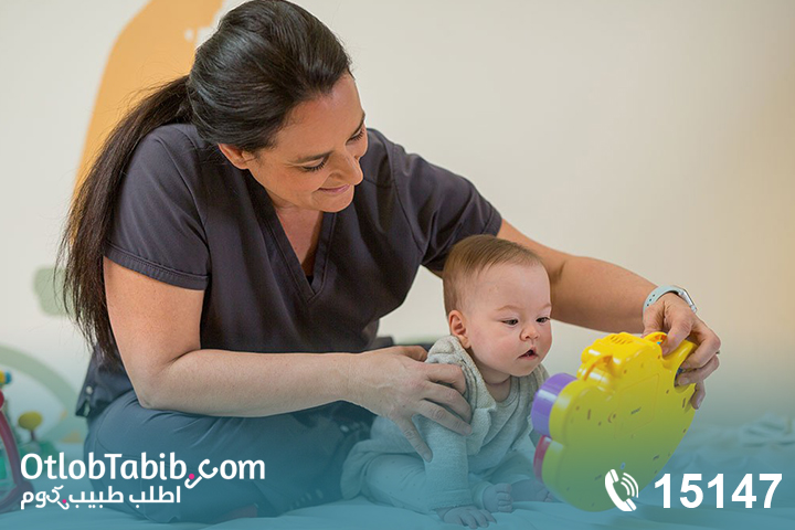 جلسات ودروس في العلاج الطبيعي لأطفال الاستسقاء الدماغيّ