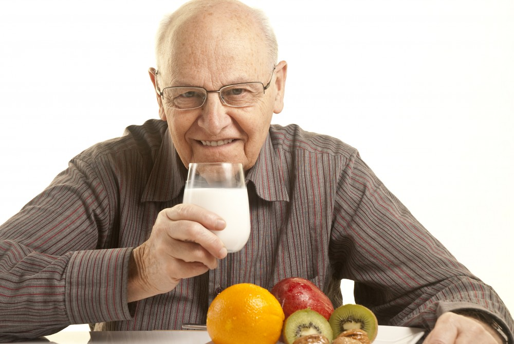 10 نصائح لتغذية صحية للمسنين